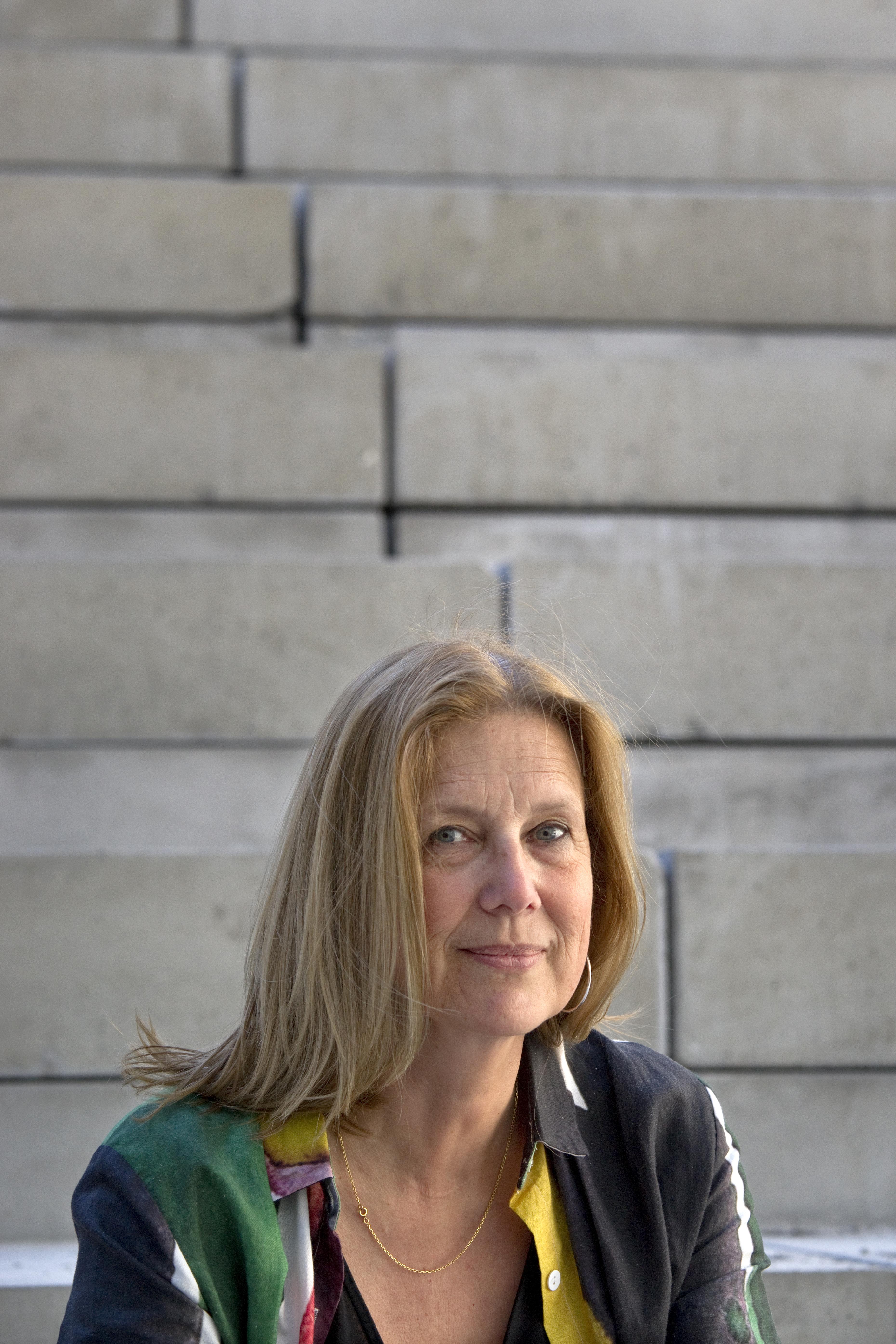 Portrait de Cathy Beauvallet dans la future Maison de la Culture de Bourges en travaux